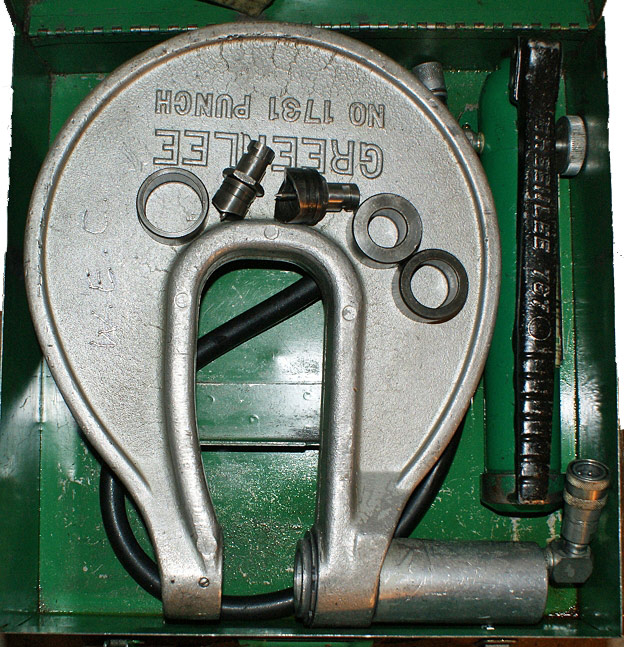 Greenlee 1731 C-Frame Hydraulic Punch